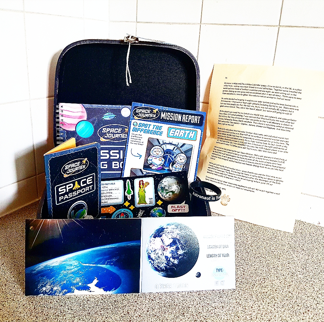 2a50c62143362 Inside Martyn's Thoughts: Little Astronaut Kit with Geo Journey ...