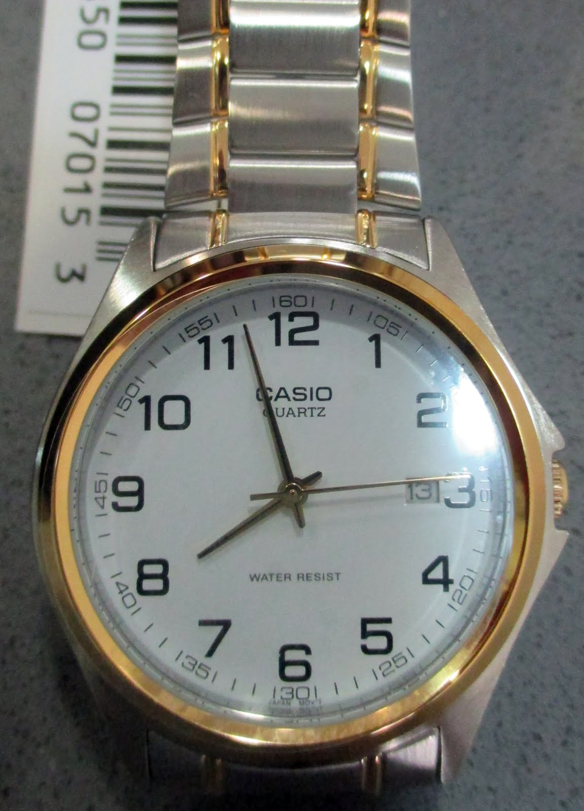 Reloj Casio, army acero bicolor, calendario