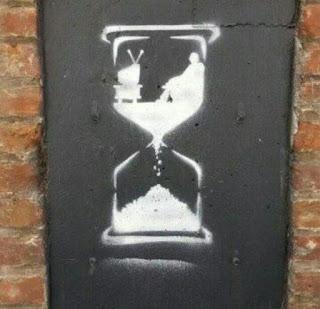 membuang buang waktu