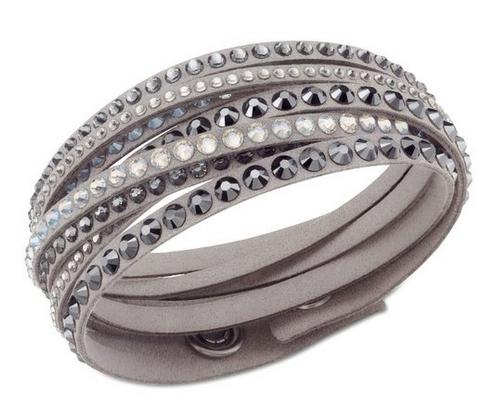 bijoux swarovski collier boucles d 39 oreilles et bracelet femme mode t 2016. Black Bedroom Furniture Sets. Home Design Ideas