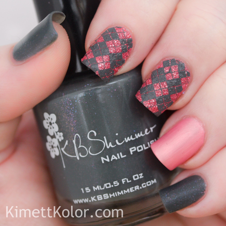KimettKolor whencolourscollide grey pink nail art
