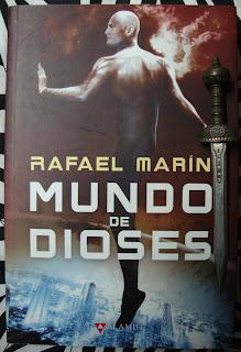 Portada del libro Mundo de dioses, de Rafael Marín