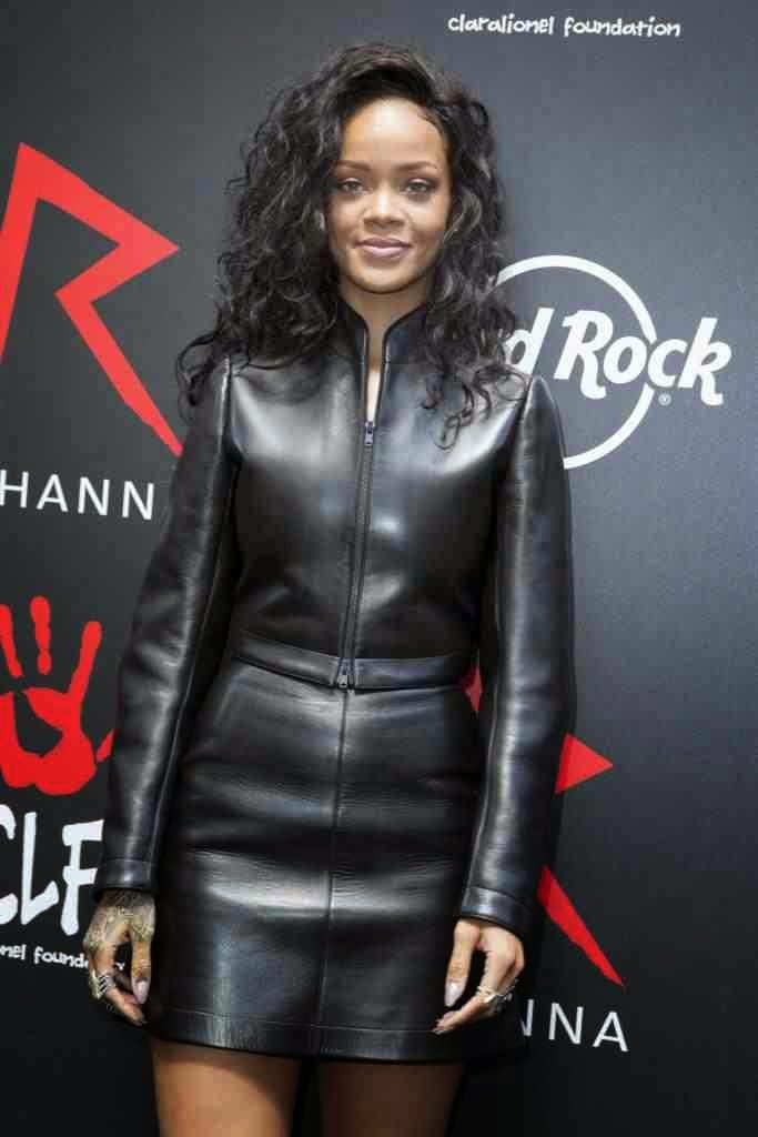 Lovely Ladies In Leather Rihanna In A Leather Suit