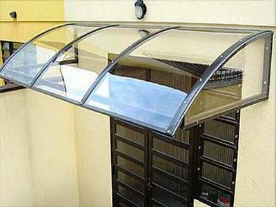 Cobertura abre/fecha (retrátil) em alumínio e policarbonato. Quais As Vantagens E Desvantagens Do Telhado De Policarbonato Lonas Alvorada