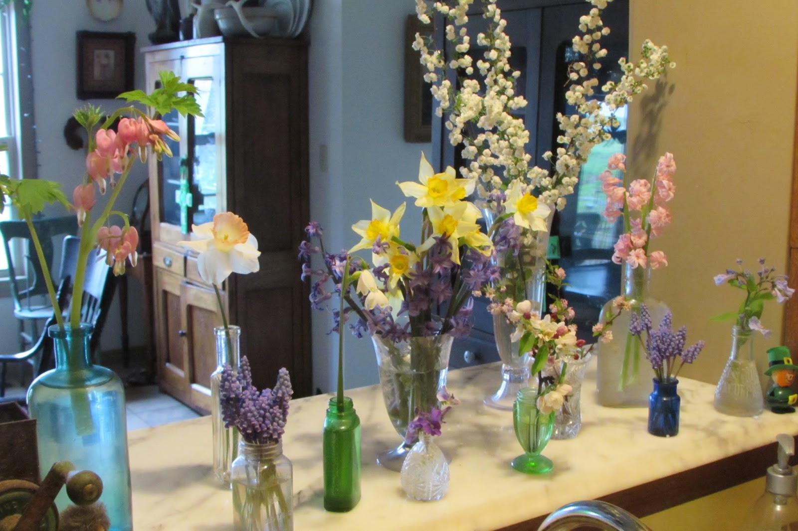 Un Artful Flower Arranging