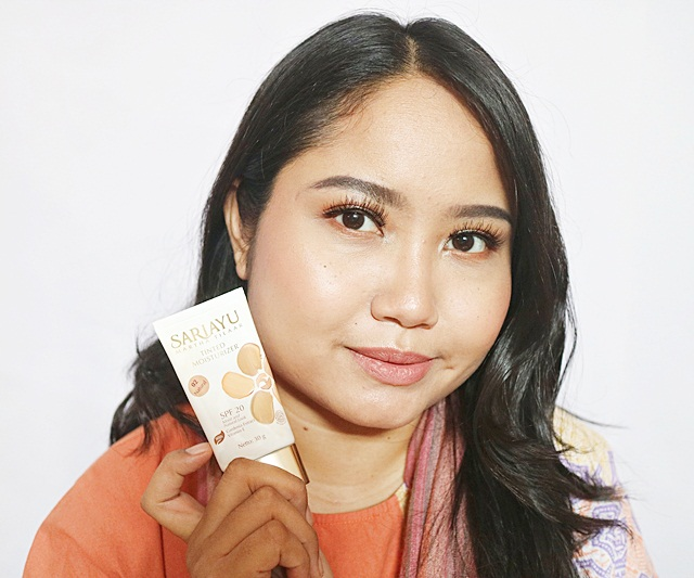 Review Sariayu Tinted Moisturiser