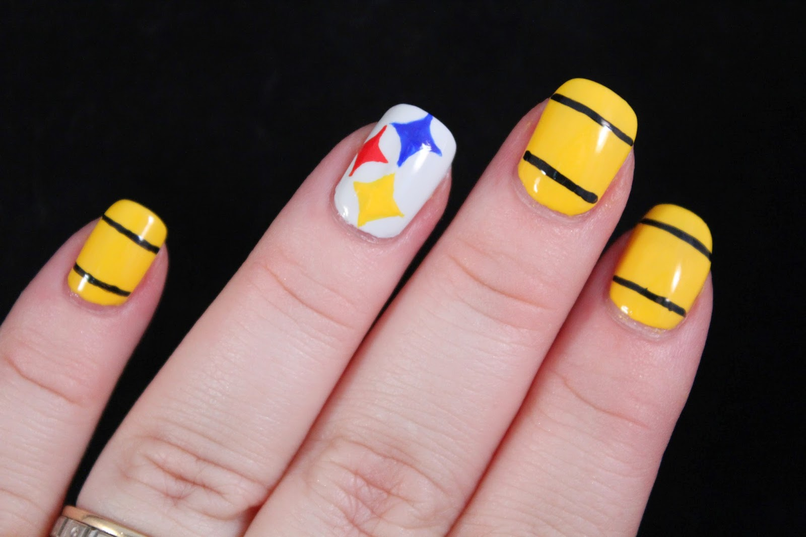 Glimpses of the Moon: Steelers Nail Art Tutorial