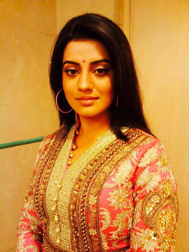 Akshara Singh Latest HD Wallpapers