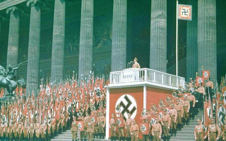 Nacional-Socialismo como Movimiento de Masa