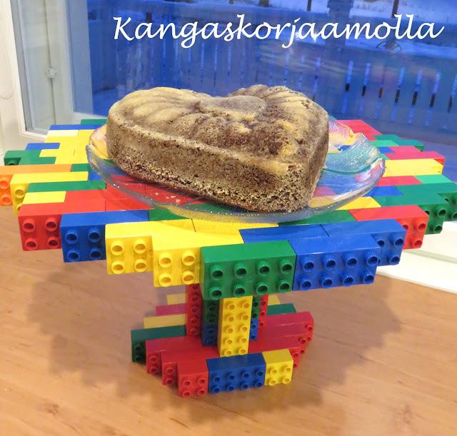 rakenna legoista lautanen