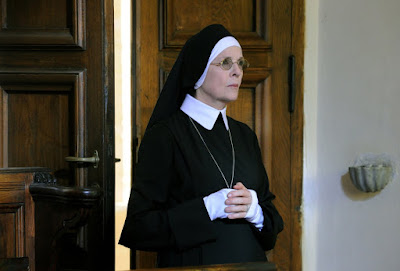 Diane Keaton in The Young Pope (4)