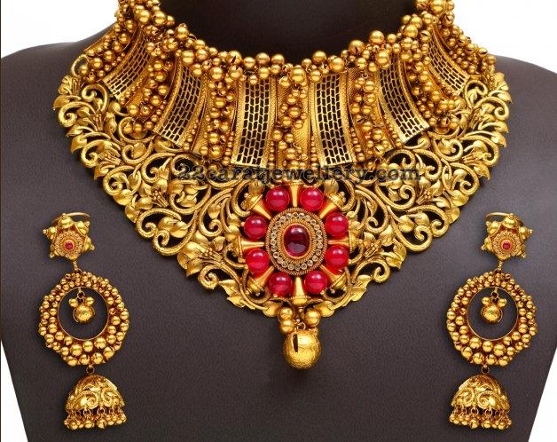 225 Grams Heavy Necklace Jewellery Designs