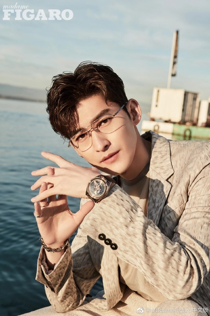 China Entertainment News: Zhang Han poses for photo shoot
