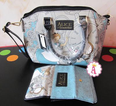 Кошелек и сумка Alice in Wonderland by Loungefly Disney