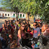 Dr. Aliomar Muritiba e sua esposa Elba Muritiba distribuem presentes para crianças do município