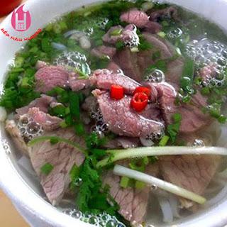bi-quyet-ham-xuong-bang-noi-nau-pho-dien