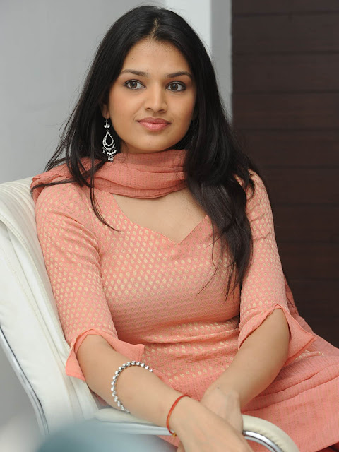 Tara Alisha Berry Wallpapers HD Images free Download