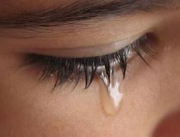 7 Keajaiban yang bisa Anda dapatkan setelah menangis