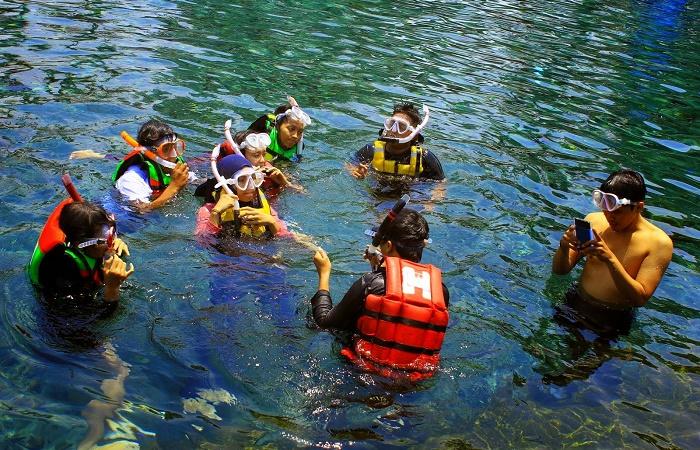 Tips Serunya Snorkeling Di Obyek Wisata Umbul Ponggok Seputar Klaten