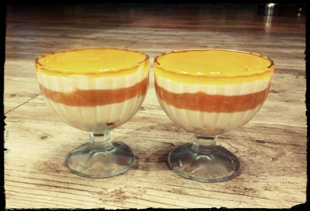 deser waniliowo brzoskwiniowy dla dwojga deser w pucharkach deser na zimno sernik na zimno deser z morelami deser z galaretka