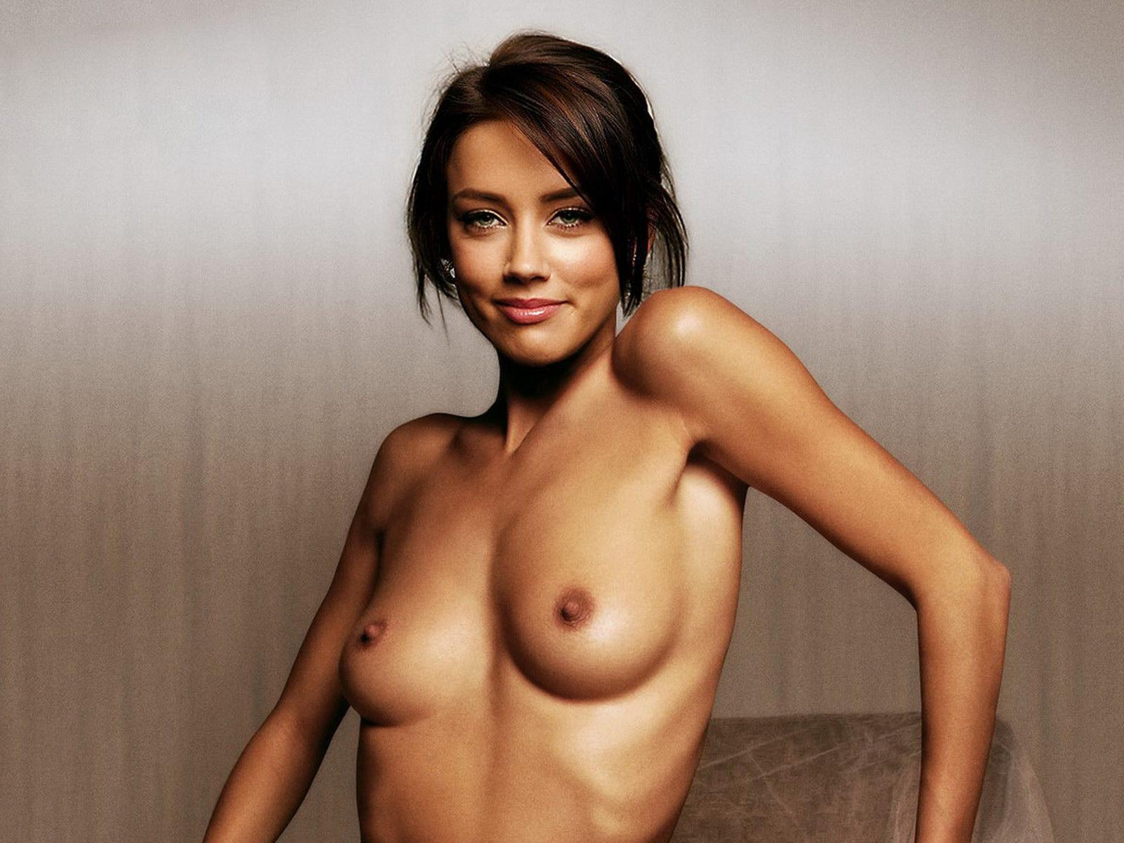 Celebrity scans nude