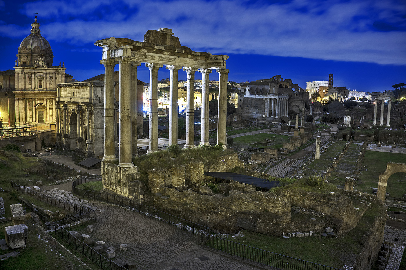 Photo of the Roman Forum at night