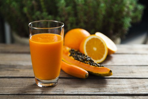 Jus d'orange et de papaye