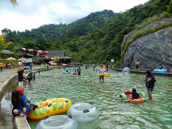 Seribu Pesona Keindahan Air Terjun Curug Bidadari Bogor