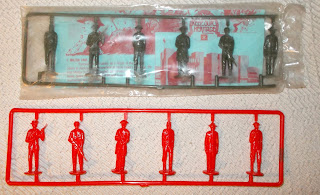 Airfix; Les Collier; Les Tolmer; Lincoln; National Army Museum; New Zealand; New Zealand National Army Museum Figures; New Zealand Plastic Soldiers; New Zealand Toy Soldiers; NZNAM; Old Plastic Figures; Old Toy Soldiers; Pierwood; Plastic Toy Soldiers; Plastic Warrior; pp.22/23; PW Issue 162; Reds On The Bed; Small Scale World; smallscaleworld.blogspot.com; Toltoys; Vintage Plastic Figures; Vintage Plastic Soldiers; Vintage Toy Soldiers;