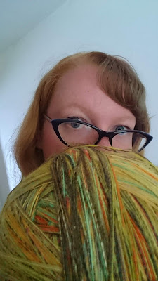 Giant yarn ball of 700g of handspun singles