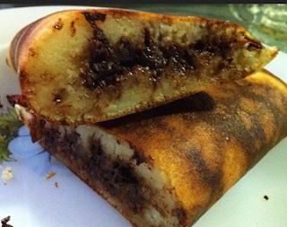 Cara membuat kue Martabak Manis alias Terang Bulan