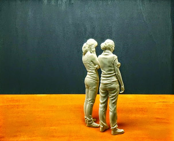 realistic wooden sculptures peter demetz-7
