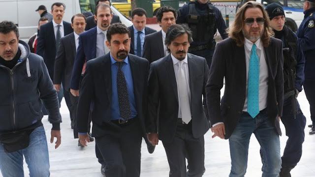 Ο πρώην πρόεδρος του Δικηγορικού Συλλόγου Ναυπλίου συνυπογράφει δήλωση για το άσυλο στον Τούρκο στρατιωτικό