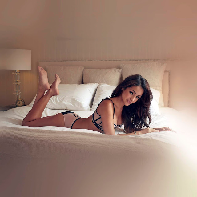 Get Most Stunning or Young Escorts in Bangalore