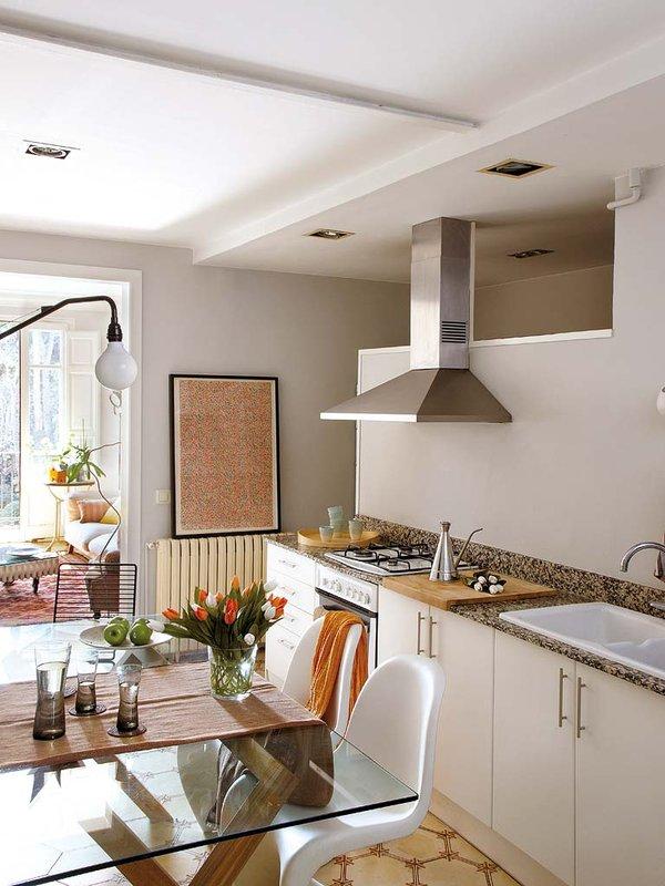 Decordemon stylish apartment reform exuding eclectic for Cocina y salon unidos