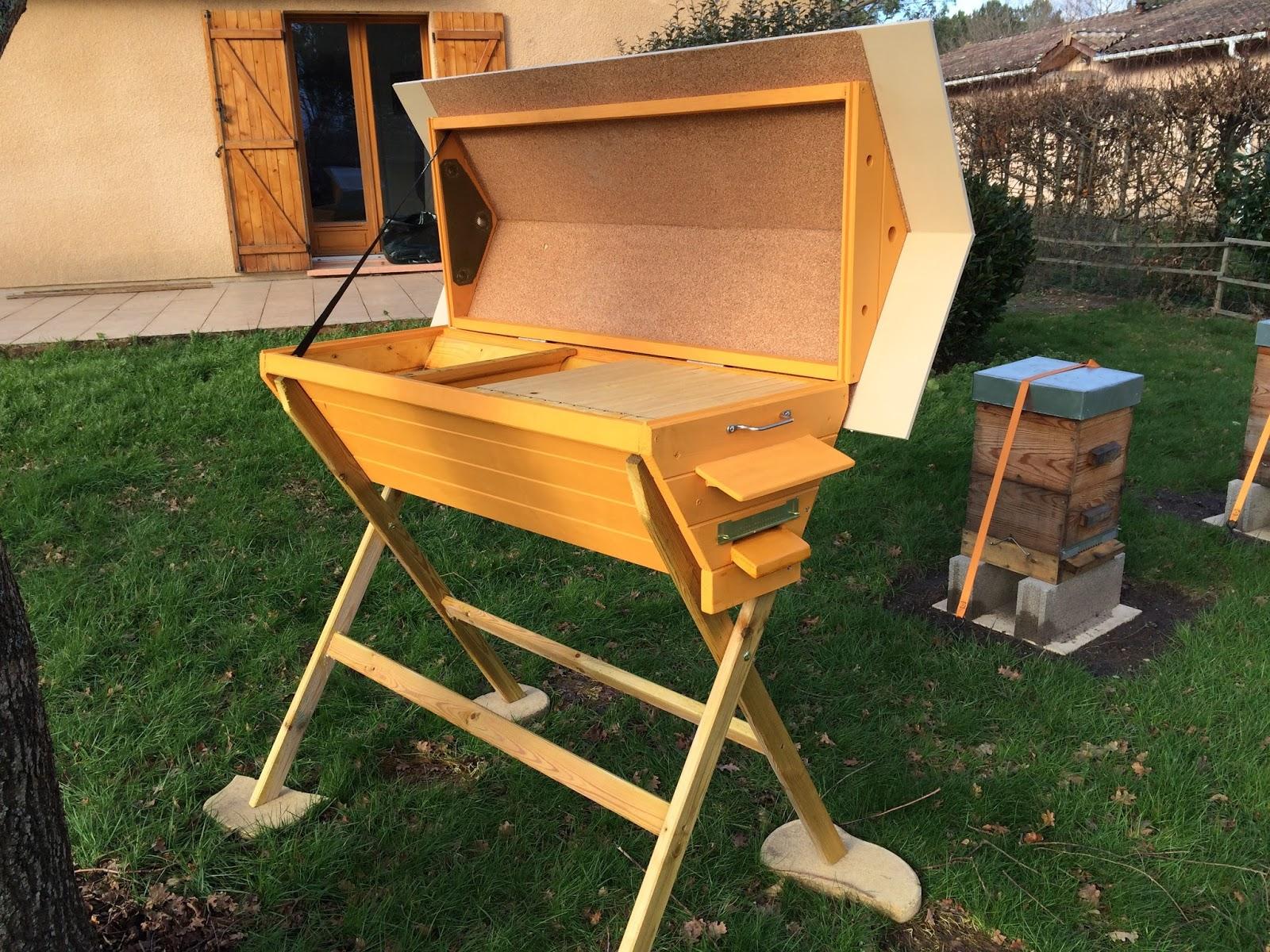 les abeilles de l 39 eyre ruche horizontale. Black Bedroom Furniture Sets. Home Design Ideas