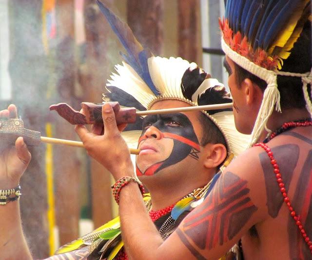 Teatro do Incêndio realiza encontros com comunidades da cultura popular