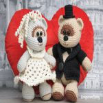 https://amigurumi.today/free-amigurumi-wedding-bears-crochet-pattern/