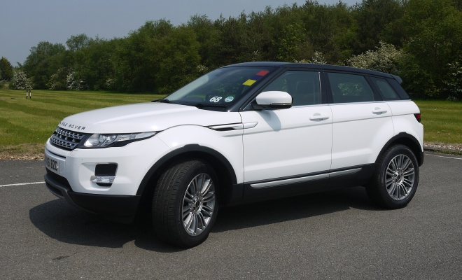 Range Rover Evoque eD4 side view