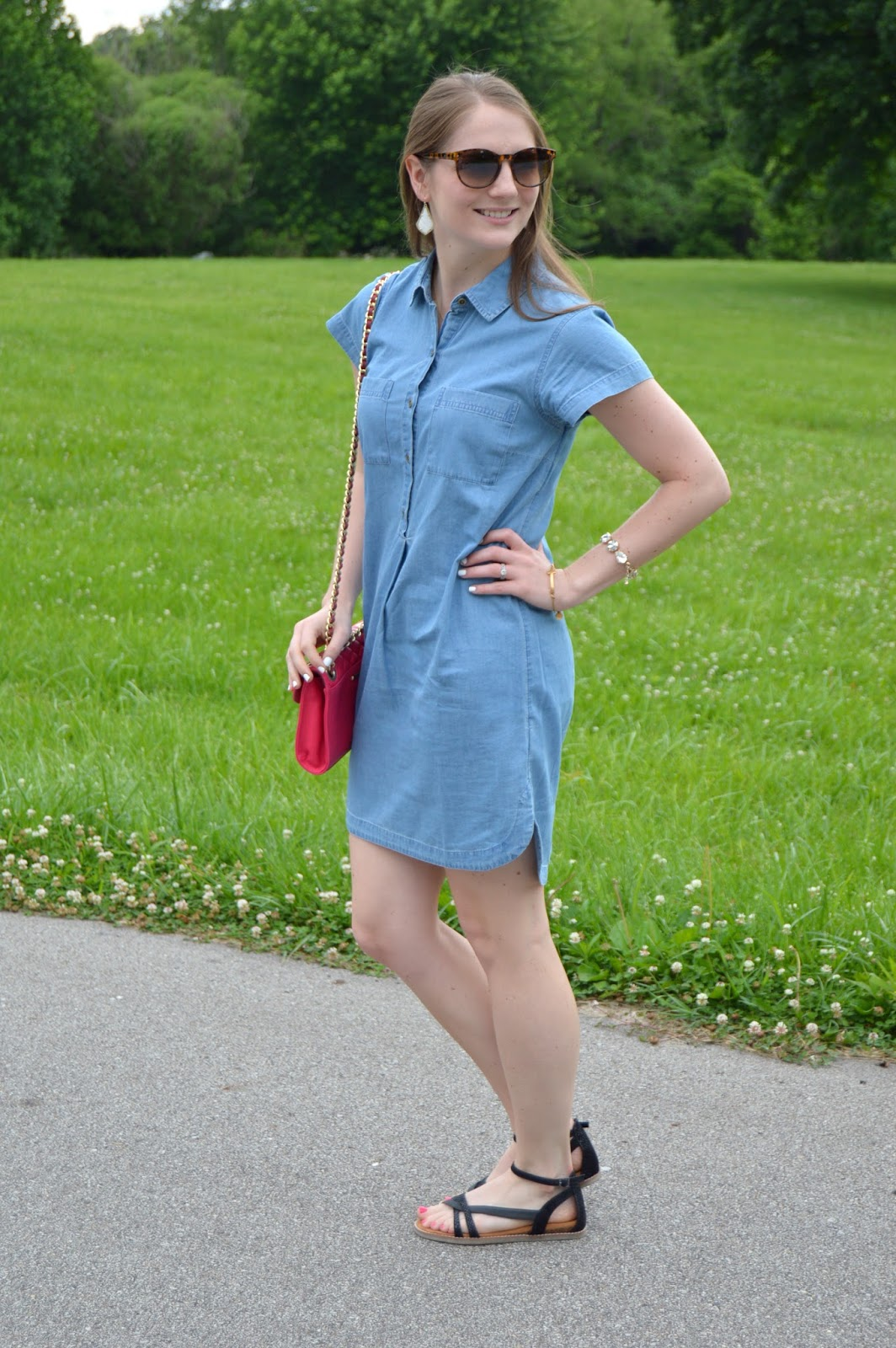 chambray dress for less than 35 | where can i get a cheap chambray dress | chambray shirt dress | summer outfit ideas | what to wear this summer | pink crossbody purse | summer lookbook | summer style | outfit ideas | a memory of us