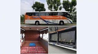 Unik! Gak Perlu RIsau Tinggalkan Sholat, Bus Ini Disulap Menjadi Musholla