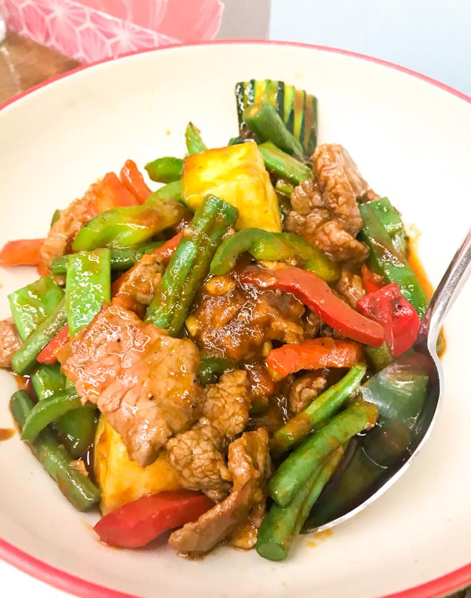 Petit Bangkok wok ternera