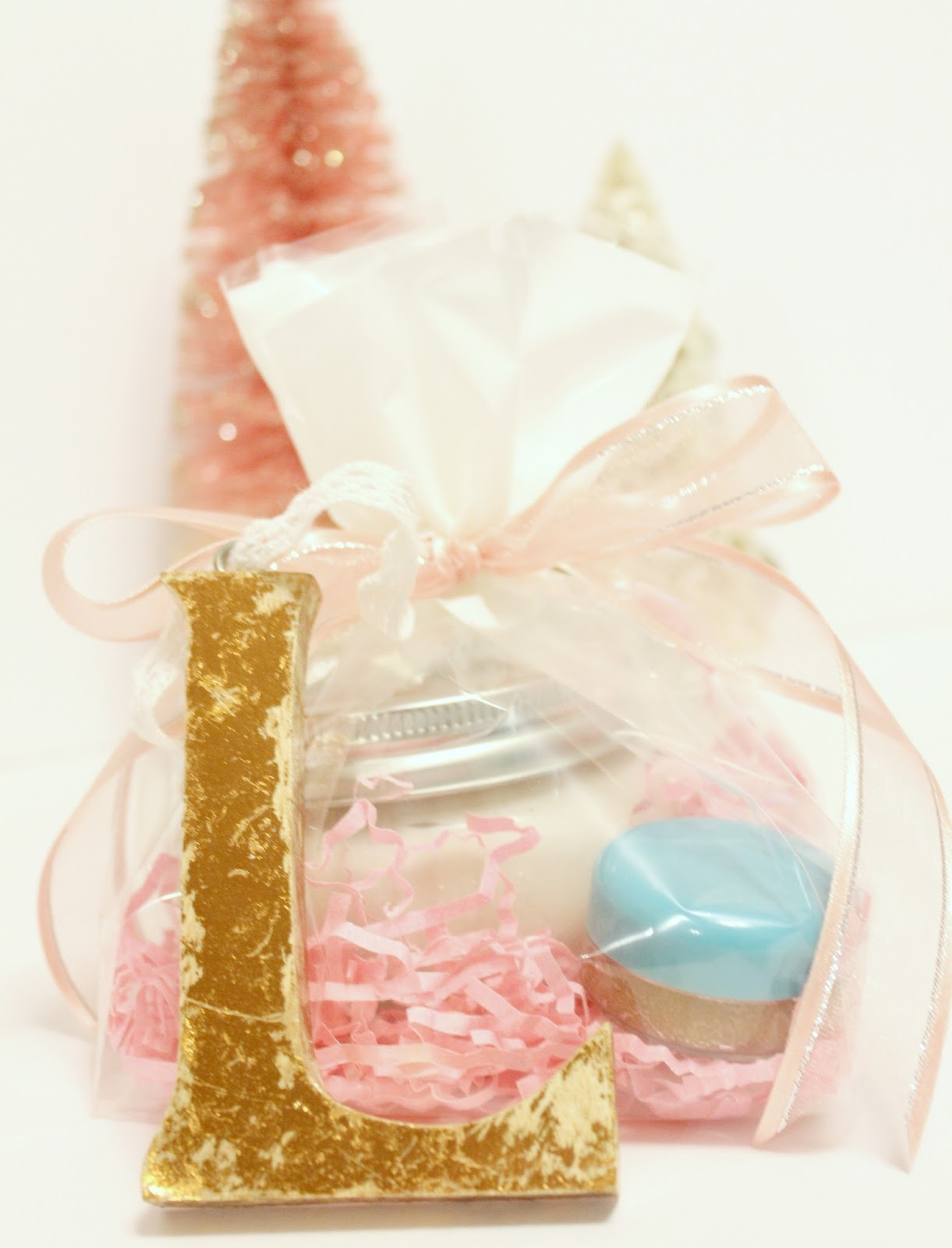 Homemade gift wrap ideas