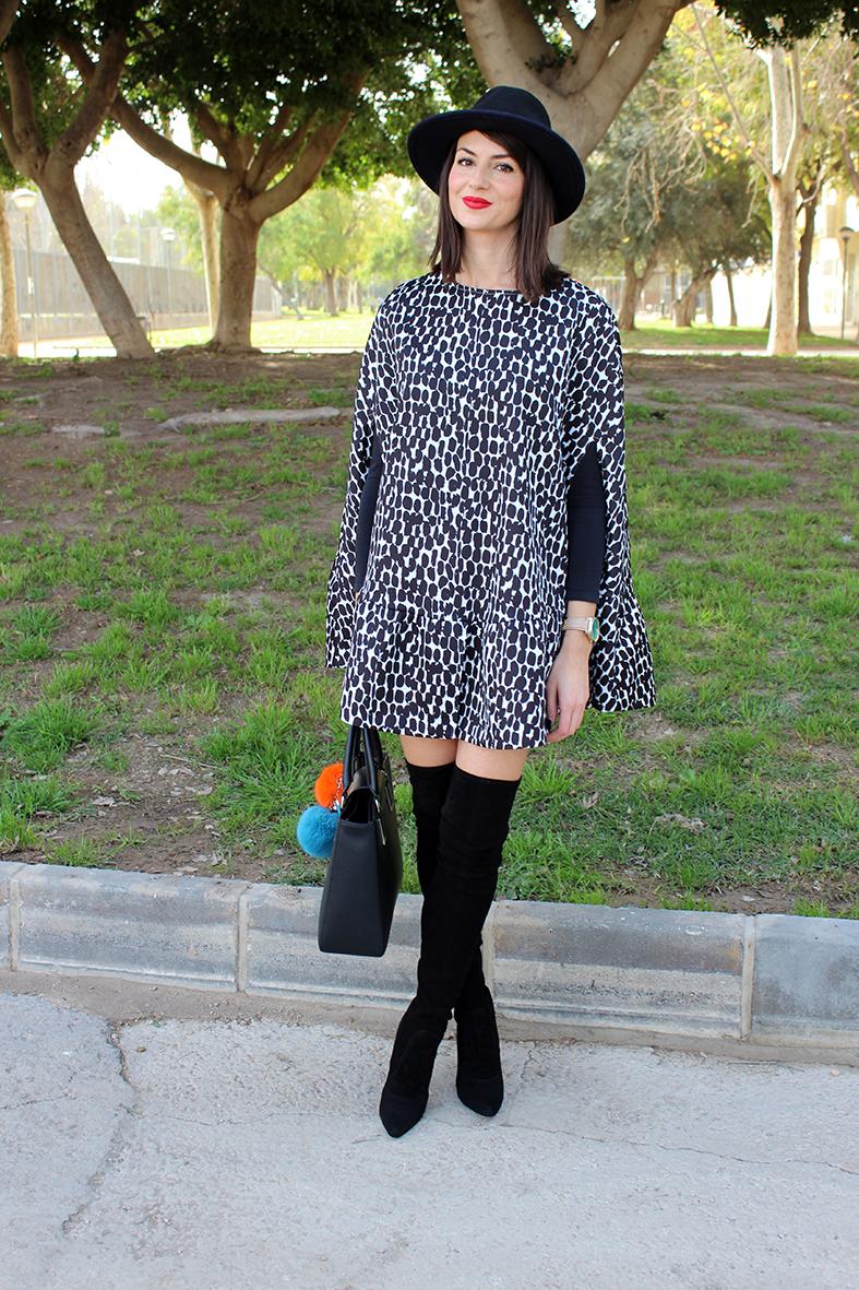 cfcc261f01b64 Mini vestido capa + sombrero + botas XL - Ángeles y diablillos ...