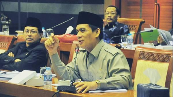 Aksi Bagi-bagi Sembako Memanas, Gerindra Minta KPU Diskualifikasi Ahok-Djarot