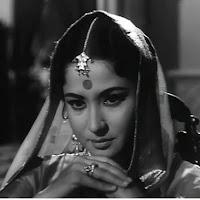 मीना कुमारी फिल्म साहिब बीवी और गुलाम में छोटी बहू के किरदार में