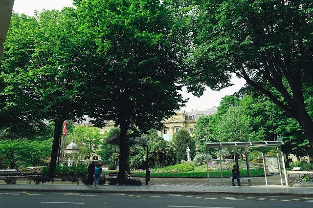 ギプスコア広場(Plaza Gipuzkoa)
