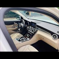 Mercedes GLC 200 2019 đã qua sử dụng nội thất Kem