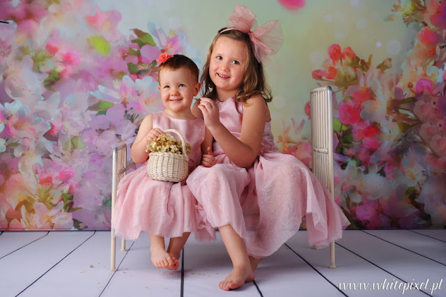 Zdjęcie dzieci, portret sióstr, sesja rodzinna portretowa lublinie