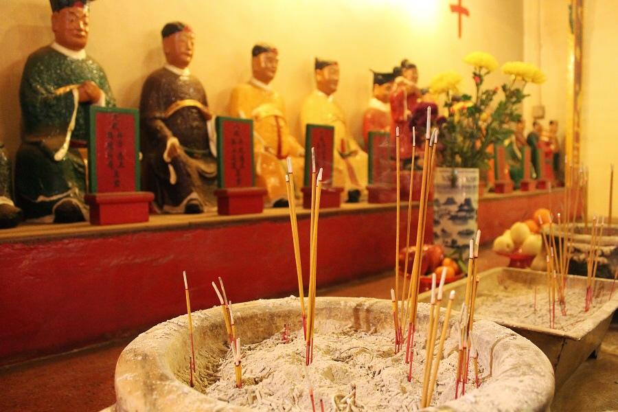 itinerario hong kong island man po temple